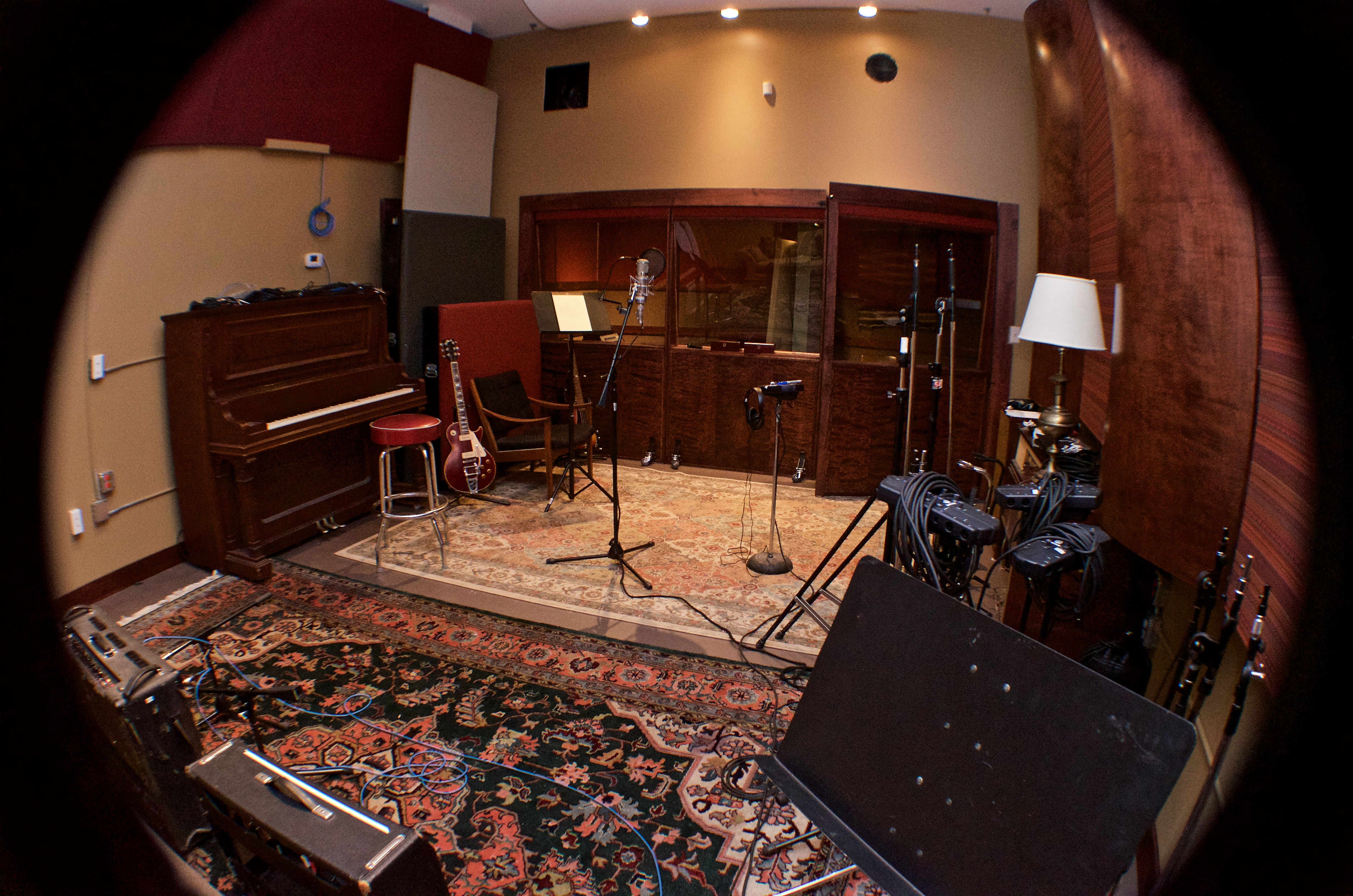 Live room from mic panel