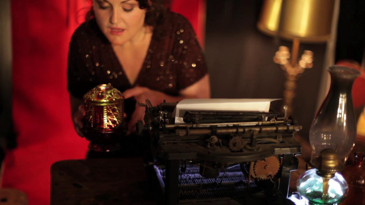 Anne Heaton – The Alchemist (Video)